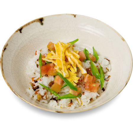 Gomoku Rice (Rice cooked and seasoned with Various Ingredients)